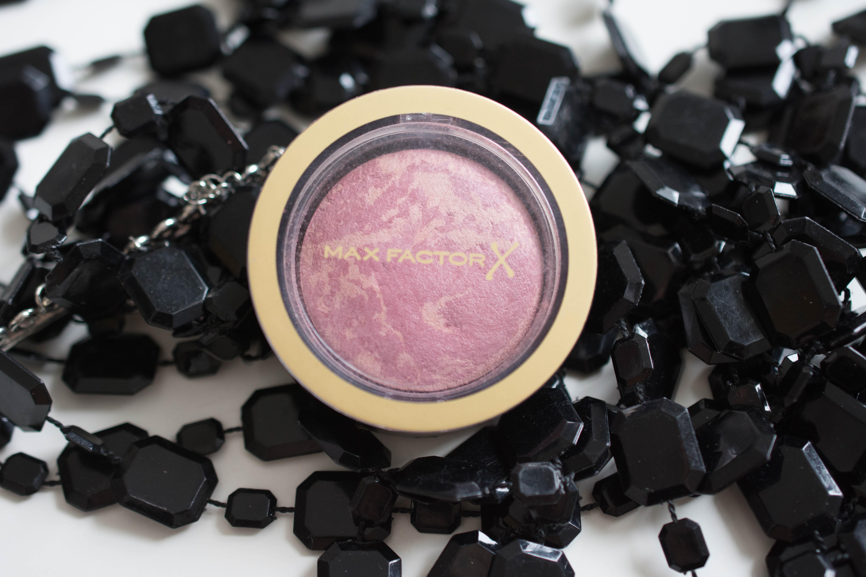 "MaxFactor Creme puff blush in ""Seductive pink""."