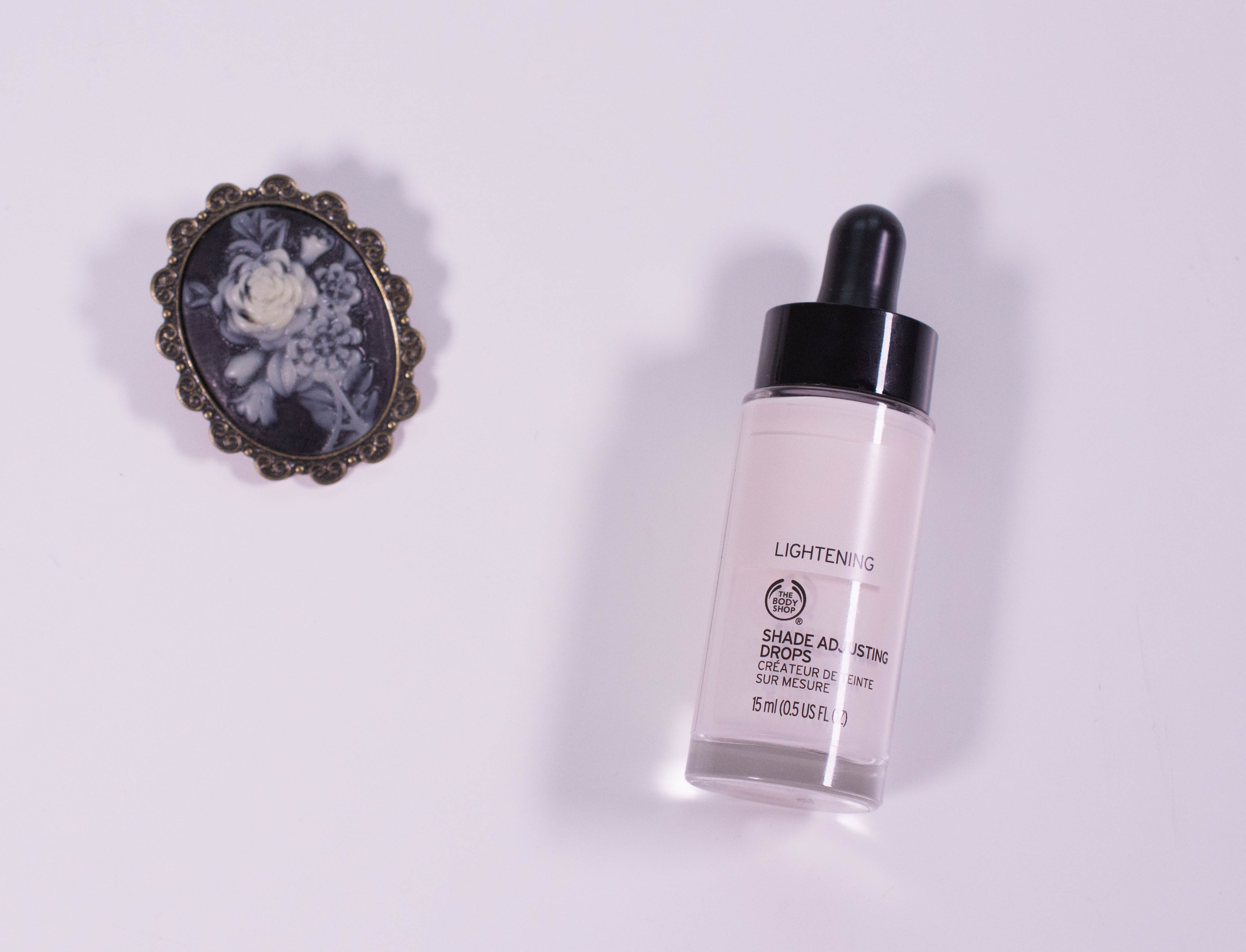 "The Body Shop Shade Adjusting Drops in ""Lightening"""