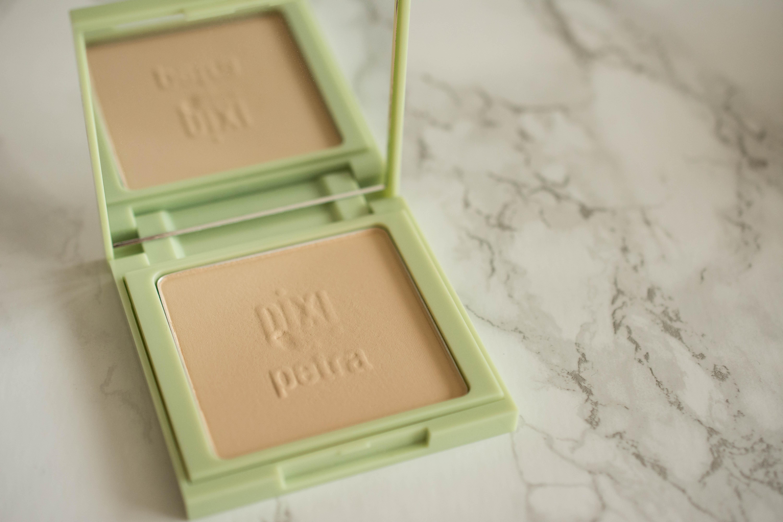 Colour Correcting Powder Foundation No.2 Nude