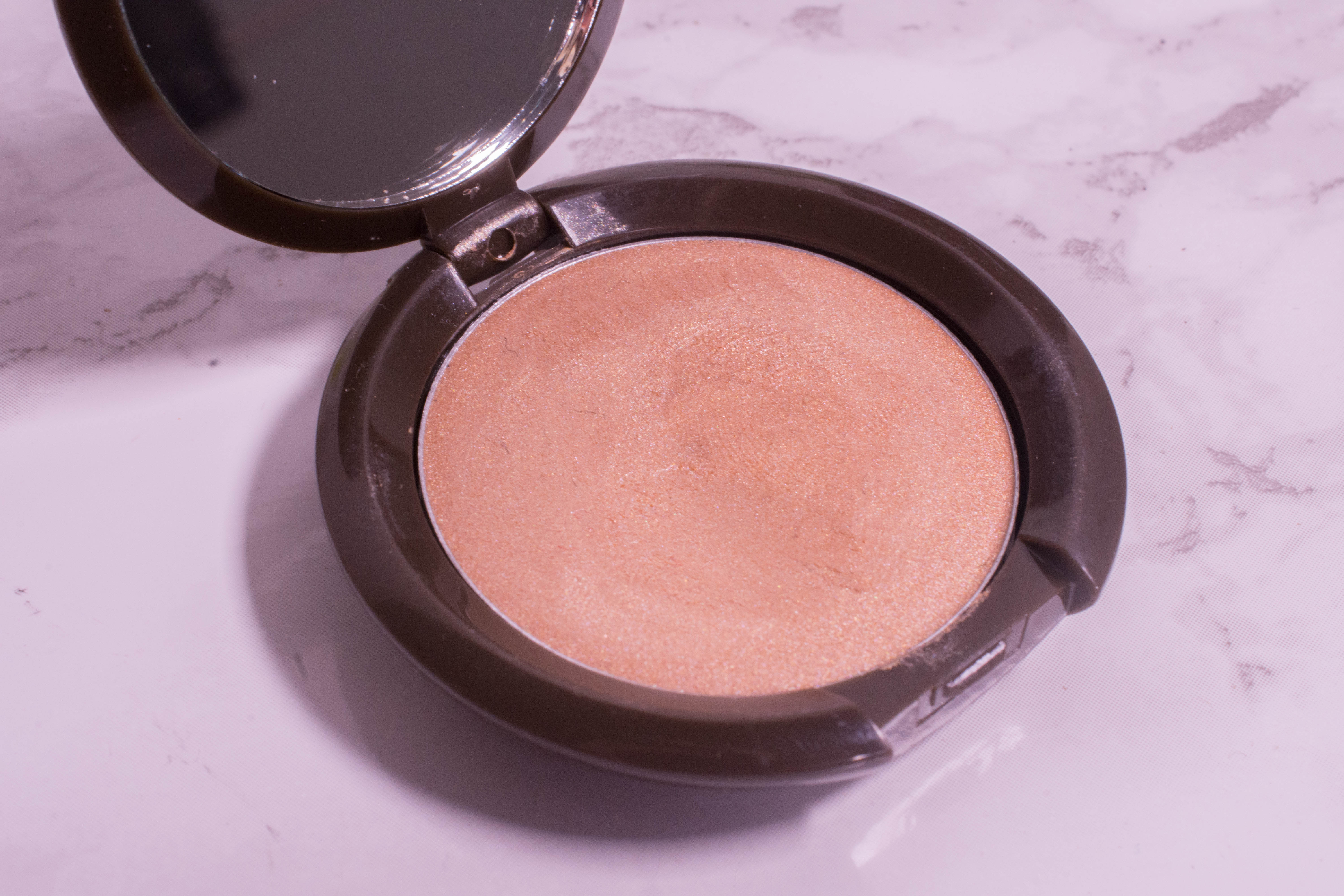 Becca Shimmering Skin Perfector Poured Opal