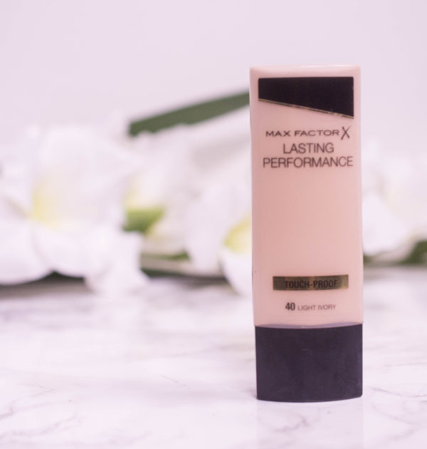 MaxFactor Lasting Performance Foundation