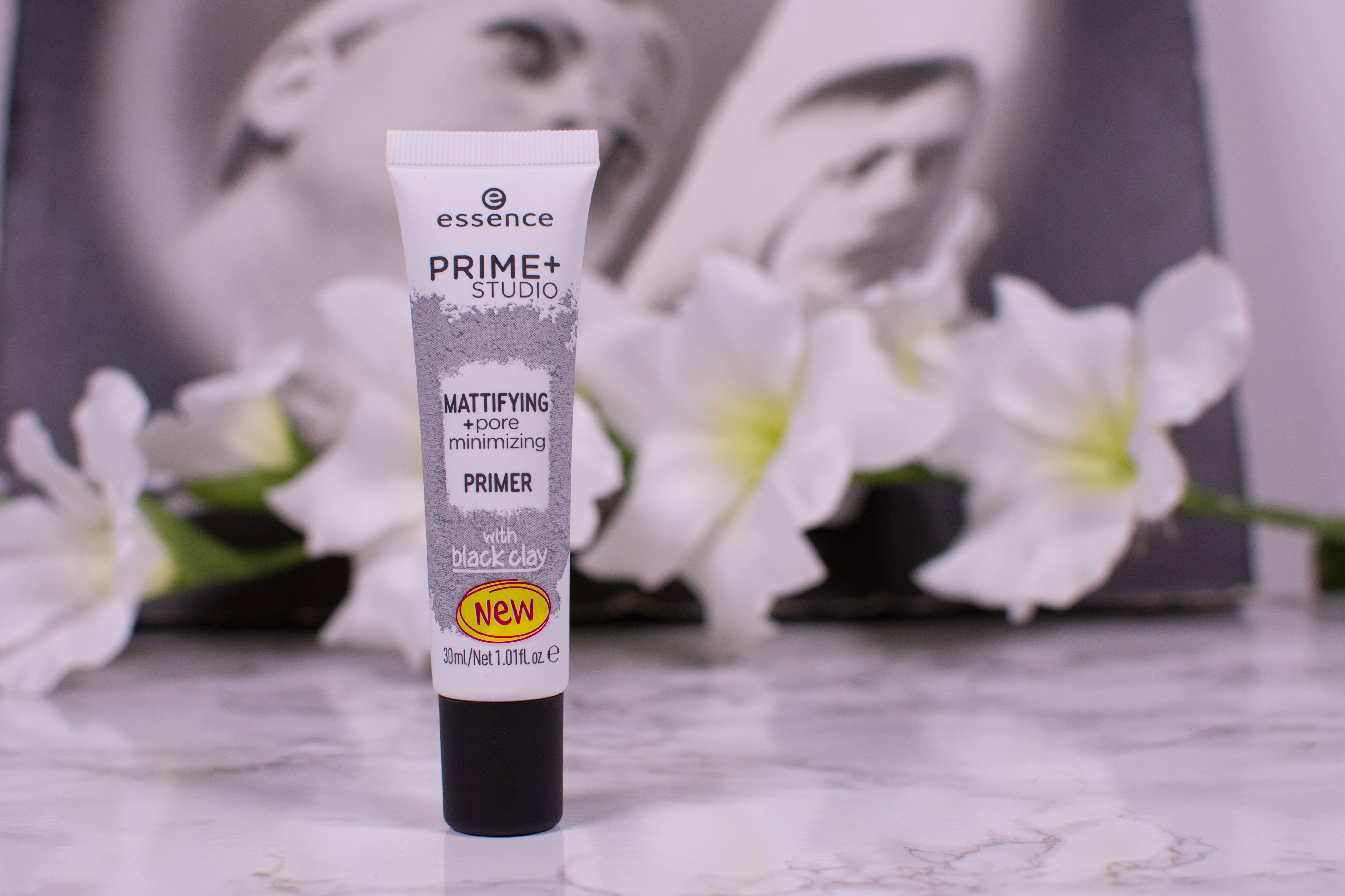 essence prime + studio mattiyfing + pore minimizing primer with black clay